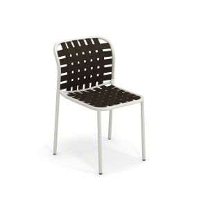 Yard Chair -Emu1