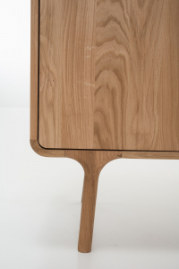 Cabinet Fawn [11]