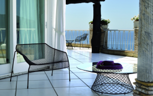 Heaven Lounge Chair – Emu [3]