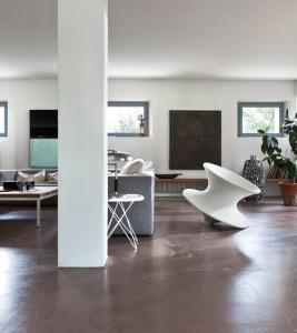 Spun Rotating Low Chair – Magis2