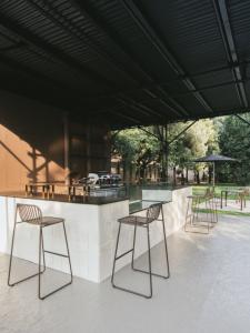 Riviera Garden Barstool – Emu14