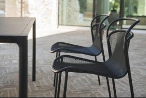 Modern Chair – Emu14