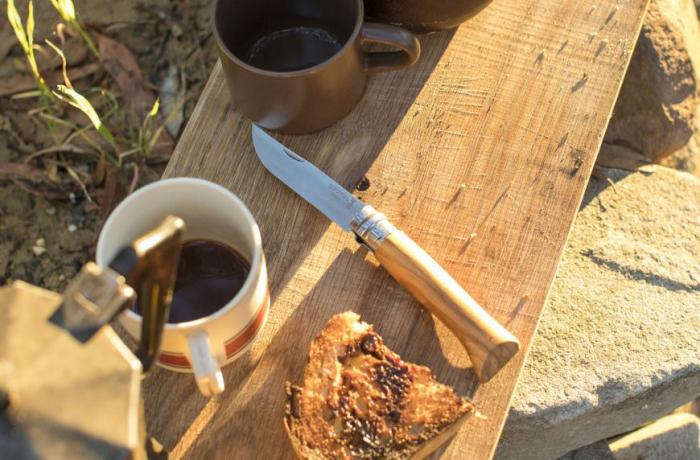 Briceag Opinel VRI N08 Olive Wood [2]