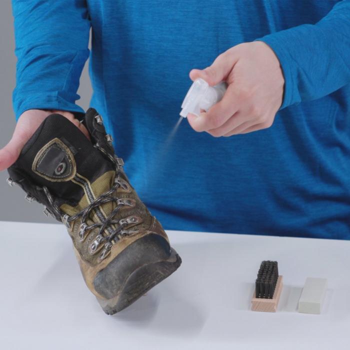 Solutie impermeabilizare McNett-Gear Aid Revivex Suede+Fabric 120 ml 36270 [2]