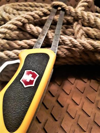 Briceag Victorinox Ranger Grip Boatsman 0.9798.MWC8, galben/negru, cutit cu lama blocabila, cleste patent, deschidere One-hand, 22 functii, husa inclusa [6]