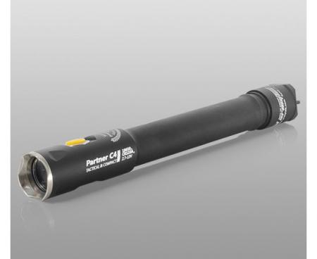 Lanterna Armytek Partner C4 Pro XHP35 White 1722 [1]