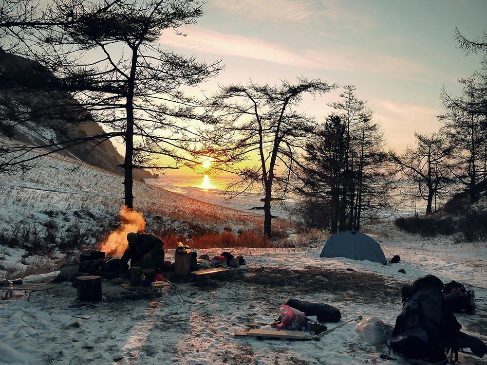 Eşti fan al outdoor-ului? McNett îţi oferă produsele esenţiale de care ai nevoie pentru aventura ta outdoor