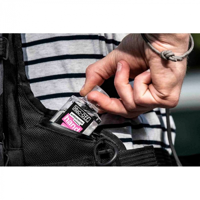 Dezinfectant pentru maini Muc-Off Antibacterial Sanitising Hand Gel 120ml [1]