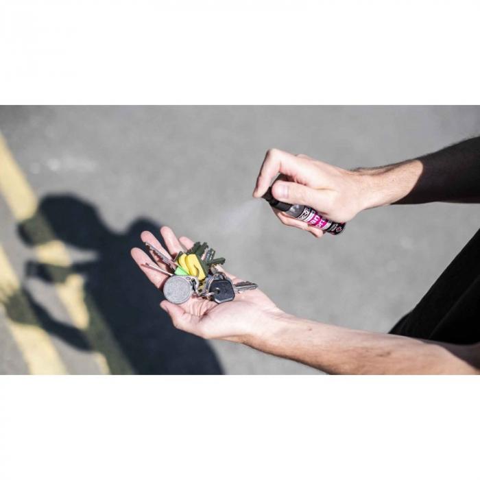 Dezinfectant pentru maini Muc-Off Antibacterial Sanitising Hand Spray 50ml [2]