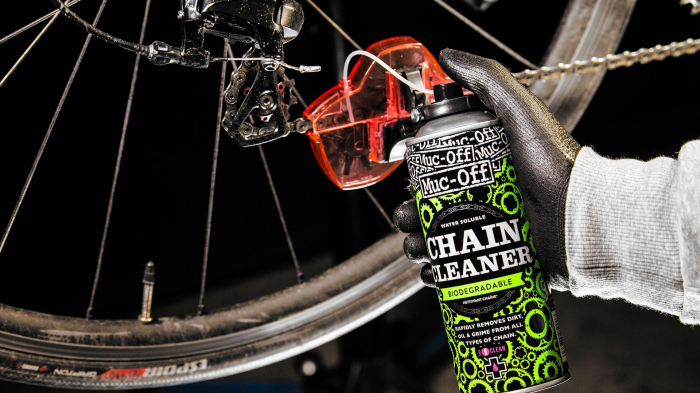 Spray Muc-Off Chain Doc [5]