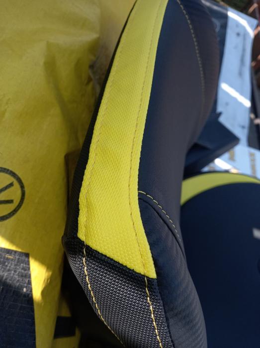 Material scaun Outlander G2 negru/galben 1