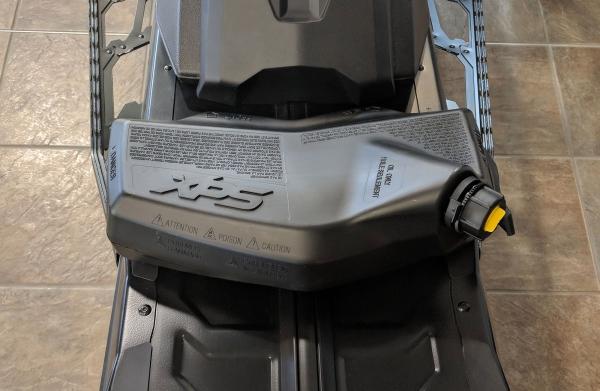 Canistră ulei snowmobil LinQ 3,78 L 0