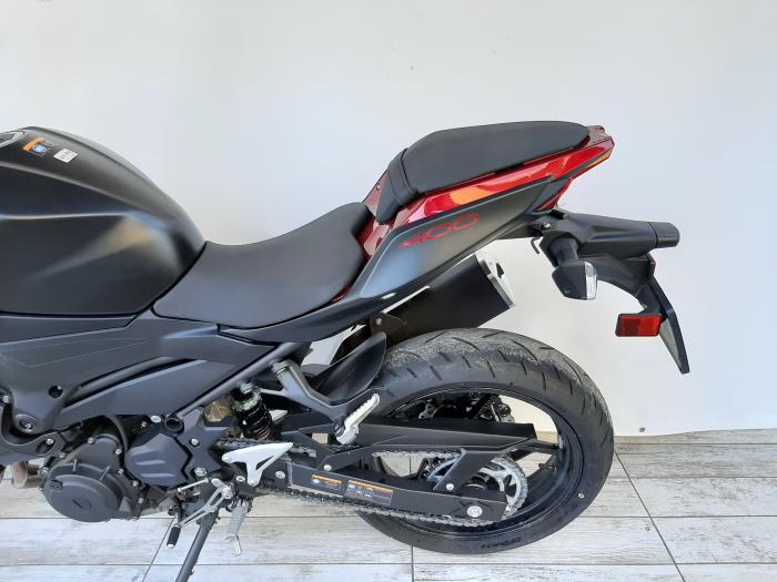Motocicleta Kawasaki Z400 ABS 400cc 44CP-K3481 se poate conduce cu A2 8
