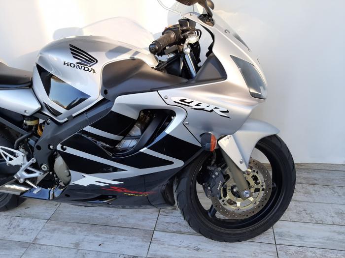 Motocicleta Honda CBR 600F Sport 600cc 109CP-H3472 3