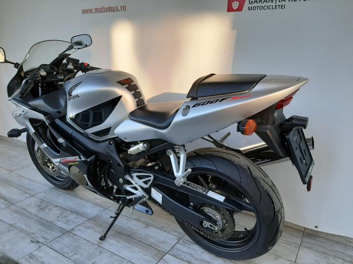 Motocicleta Honda CBR 600F Sport 600cc 109CP-H3472 9