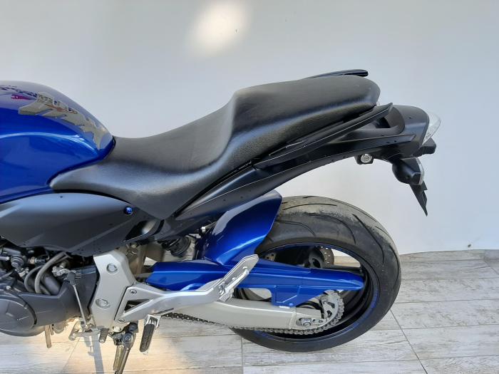 Motocicleta Honda Hornet ABS 600cc 34CP-H63819 se poate conduce cu A2 8