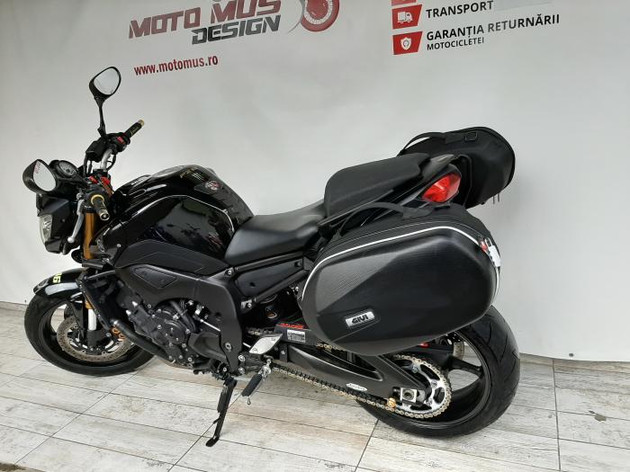 Motocicleta Yamaha FZ8 800cc 103CP - Y00603 10