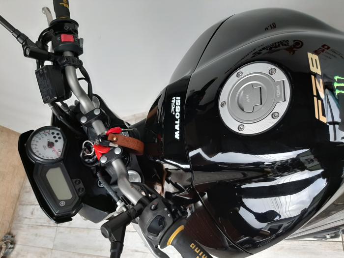 Motocicleta Yamaha FZ8 800cc 103CP - Y00603 12