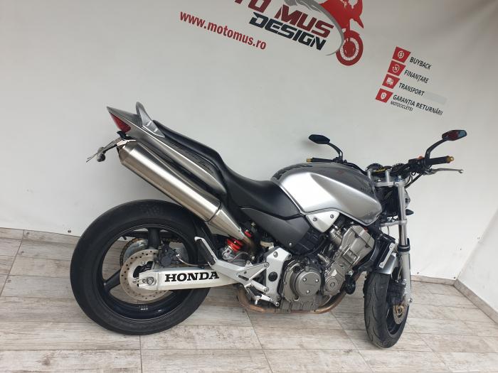 Motocicleta Honda Hornet 900 900cc 107CP - H02394 [1]