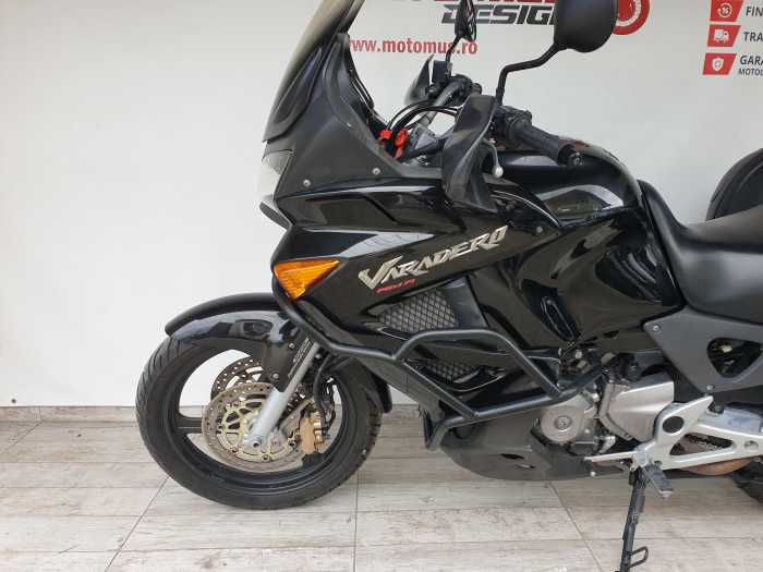 Motocicleta Honda Varadero 1000cc 92.5CP - H51212 [8]
