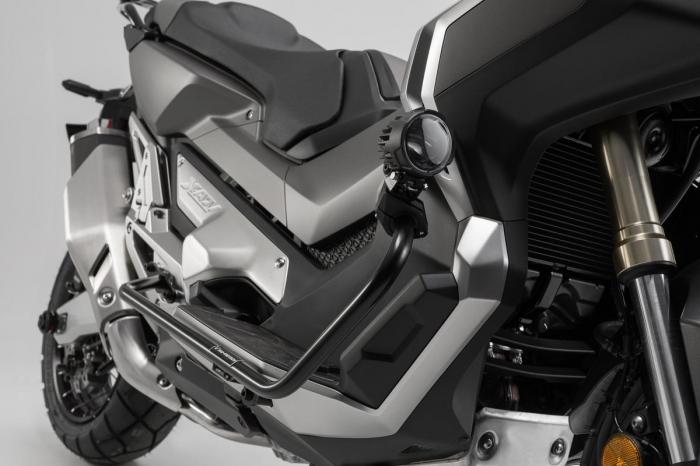 Crash bar negru Honda X-ADV (17-). [1]
