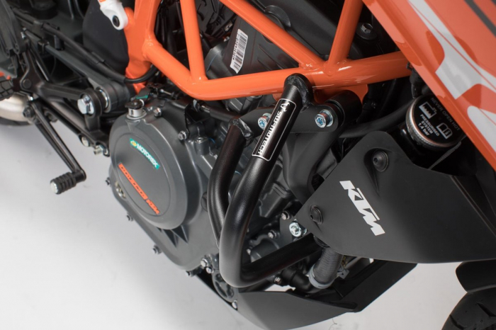 Crash bar negru KTM 390 Duke (16-). [1]