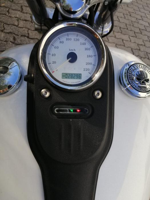 Harley-Davidson STREET BOB - an 2011 [10]