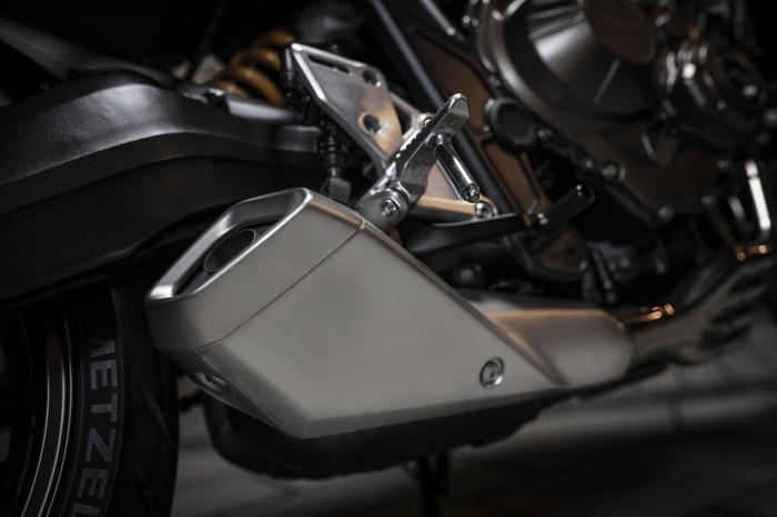 Honda CB 650 R [11]