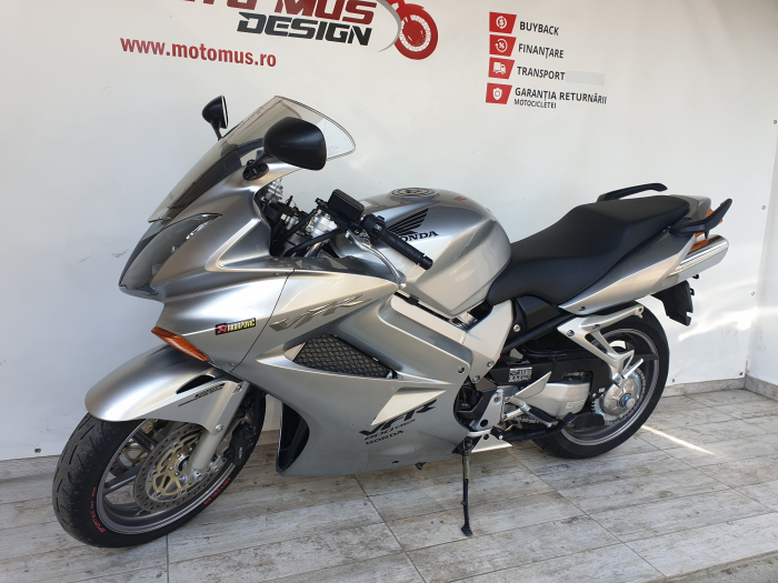 Motocicleta Honda VFR800 V-Tech 800cc 107CP - SUPERB - H00575 [7]