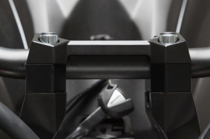 Inaltator ghidon D. 22 mm. h 20 mm. Negru. LEH.08.039.12501/B [0]
