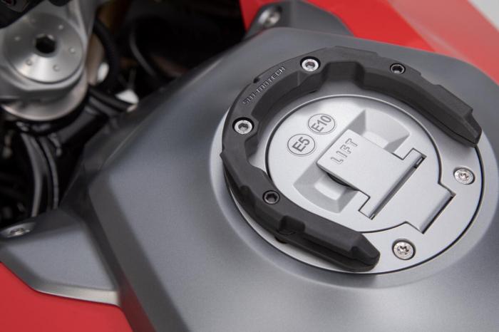 Inel pentru fixare gentuta rezervor PRO Negru Yamaha Tracer 9 [1]