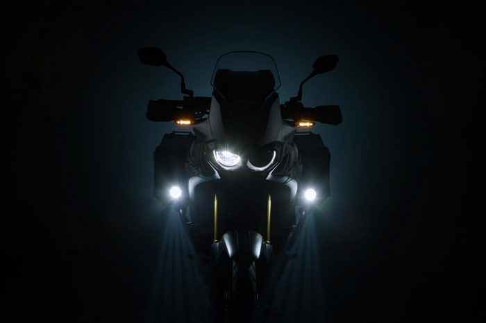 Kit proiectoare faza lunga EVO pentru Honda Crosstourer (11-). Negru [1]