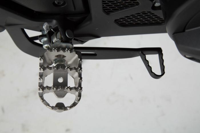 Kit scarite ION pentru Honda NC, Crossrunner, Crosstourer, Suzuki SV650.Argintiu [1]