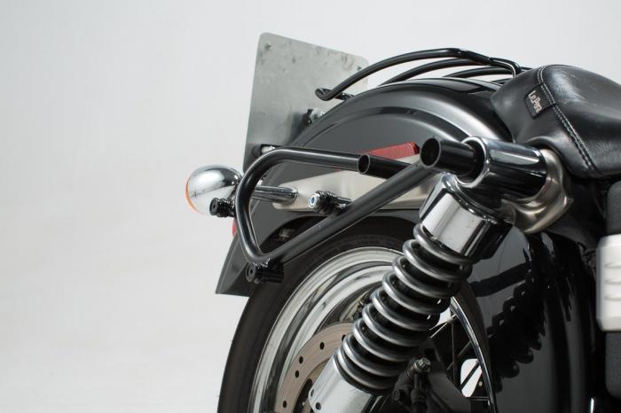 Legend Gear set geanta laterala - Negru Edition Dyna Street Bob (06-08), Low Rider (06-09). 3