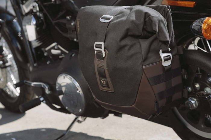 Legend Gear side bag set. Harley Davidson Dyna Fat Bob (09-). 0