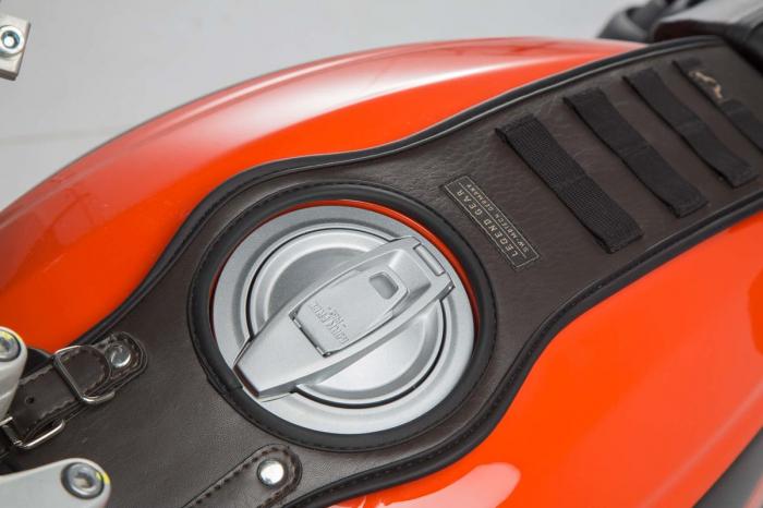 Legend Gear Tank Strap SLA Ducati Scrambler (15-). 1