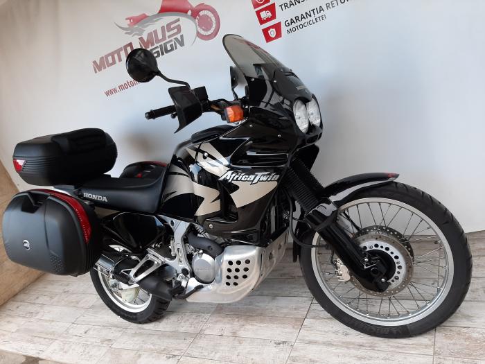 Motocicleta Honda Africa Twin 750cc 59CP - H10471 4