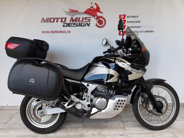 Motocicleta Honda Africa Twin 750cc 59CP - H10471 0