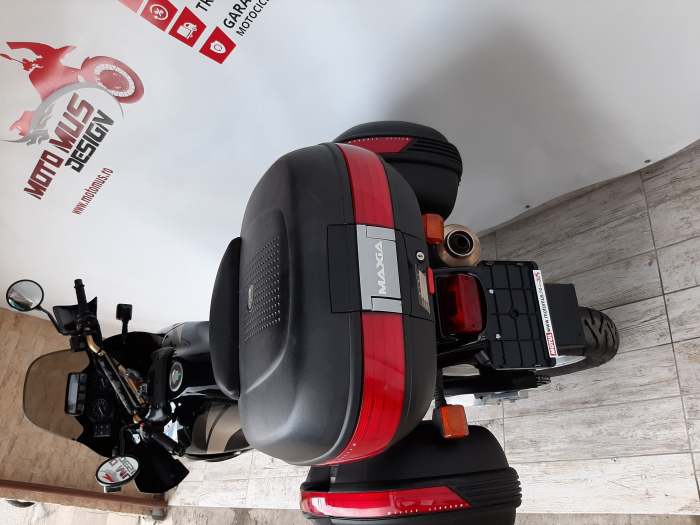 Motocicleta Honda Africa Twin 750cc 59CP - H10471 11