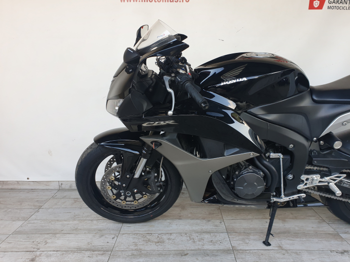 Motocicleta Honda CBR600 RR 600cc 118CP - SUPERBA - H03375 [8]