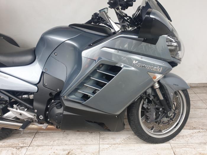 Motocicleta Kawasaki 1400 GTR 1400cc 155CP - K11193 3