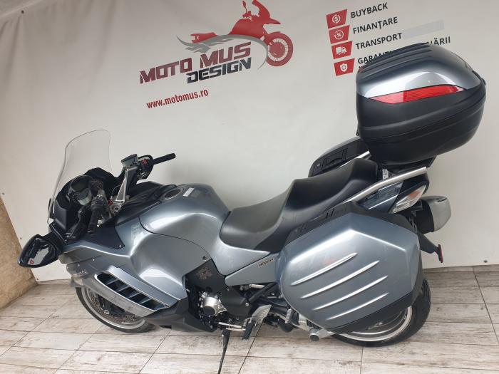 Motocicleta Kawasaki 1400 GTR 1400cc 155CP - K11193 10