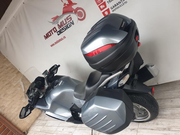 Motocicleta Kawasaki 1400 GTR 1400cc 155CP - K11193 11