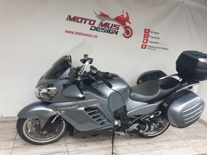 Motocicleta Kawasaki 1400 GTR 1400cc 155CP - K11193 7