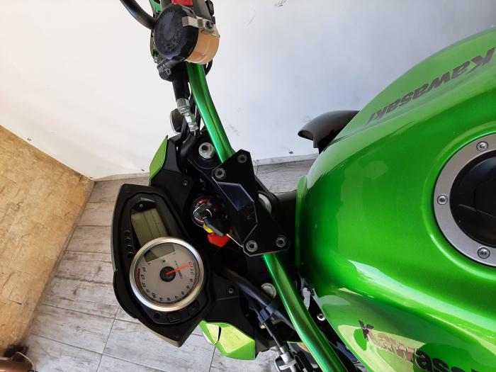 Motocicleta Kawasaki Z750 750cc 104CP - SUPERBA - K64184 [12]