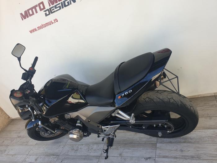 Motocicleta Kawasaki Z750 750cc 109CP - K16169 11