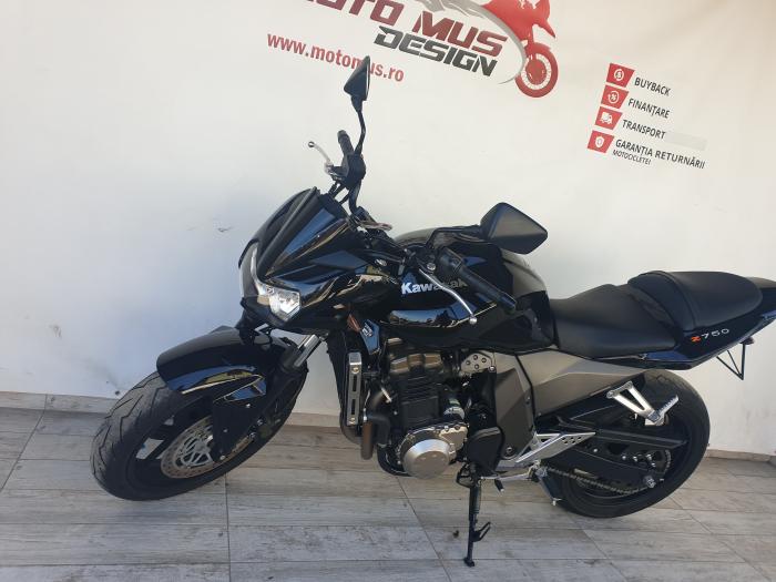 Motocicleta Kawasaki Z750 750cc 109CP - K16169 7