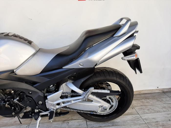 Motocicleta Suzuki GSR 600 600cc 96.5CP - S21495 [8]
