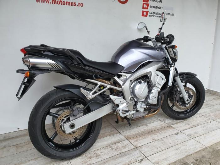 Motocicleta Yamaha FZ6 96.5CP 600cc - Superb - Y20389 1