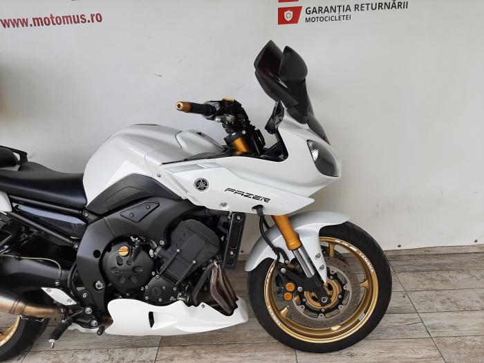 Motocicleta Yamaha FZ8 Fazer 800cc 105CP - Y01746 [3]